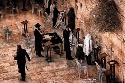 Lorenzo Diaz, imagen de su coleccion Israel La Exaltacion de la Fe
