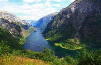 Fiordos Noruegos al Completo