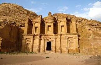 Jordania Clásica: ruta arqueológica y desierto de Wadi Rum