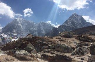 Nepal. Trekking por la región de Pikey Peak