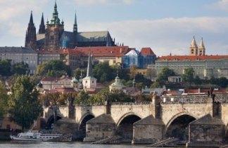 Escapada a Praga. Puente de Andalucía 2020 para Solteros